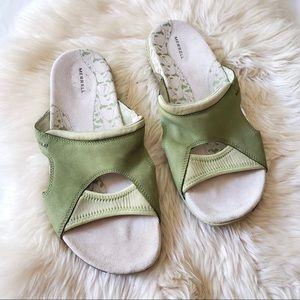 Merrell Pesaro Green Slide On Sandals